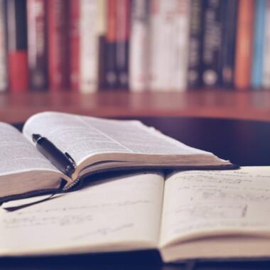 Bibelen er ikke bare et opslagsværk